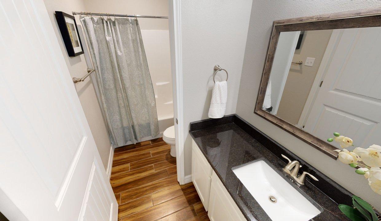 3918-Pennine-Way-Bathroom-1(1)