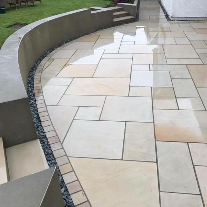Mint Sawn Smooth Sandstone Mixed Pack 20m2 Coverage 163