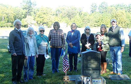 Descendants of honored Keeper Walter M. Shawn