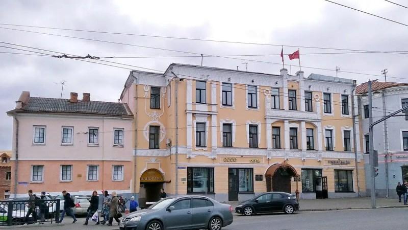 Мэрия Владимира отказалась ремонтировать аварийный памятник в центре города