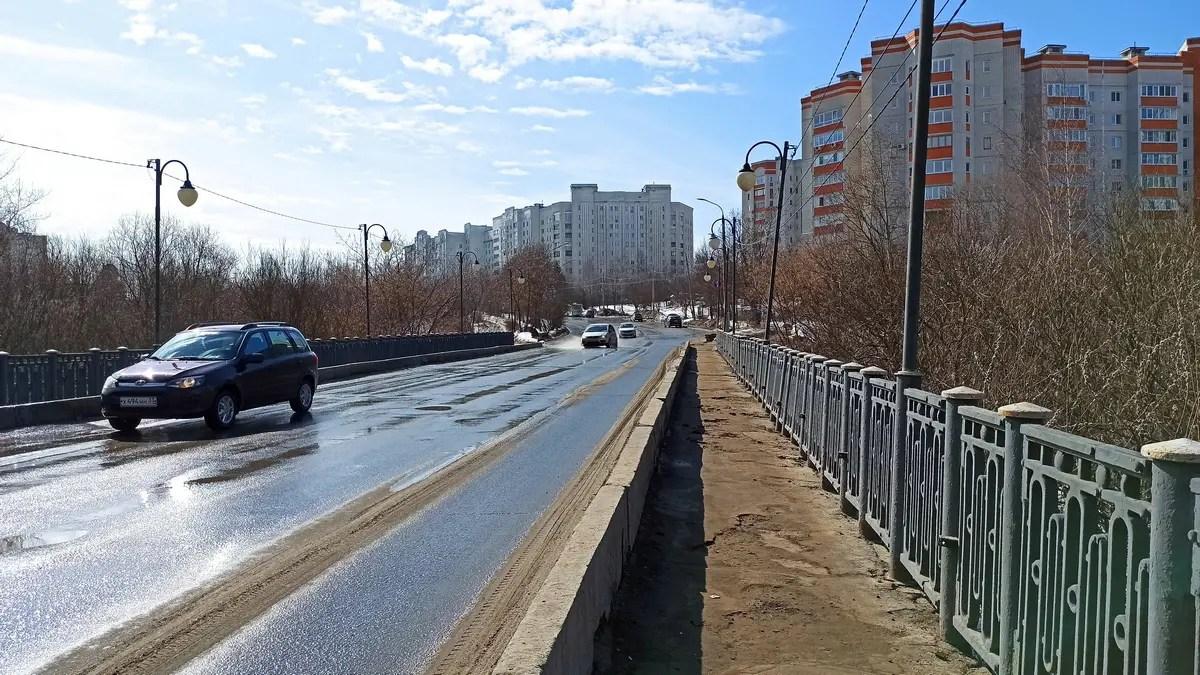 Мост к Дворцу творчества юных закроют 10 мая