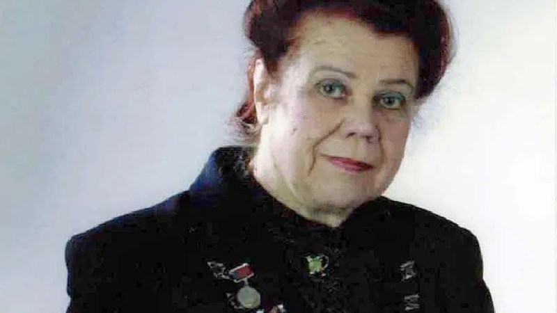 Авдеев упразднил премию имени Почетного гражданина Алевтины Артемовой