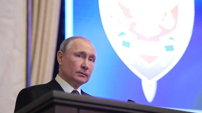 Путин сменил руководство трех районных судов региона