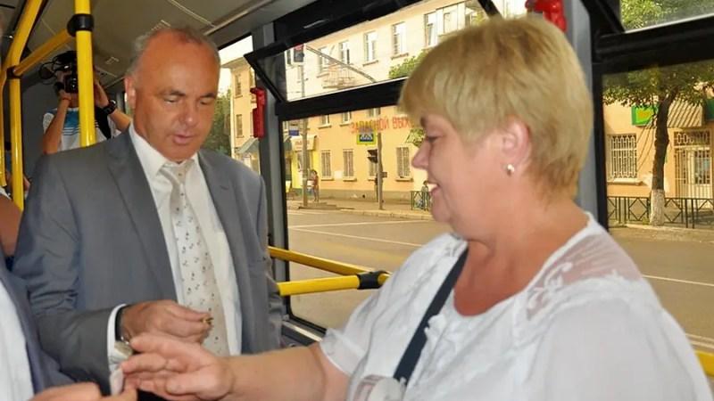 Мэрию Владимира обязали провести конкурсы по трем автобусным маршрутам