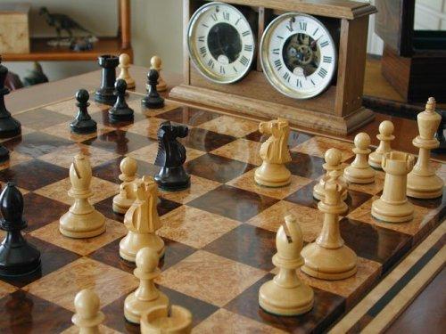 Baruch Harold Wood Chessmen, Brown Ebony