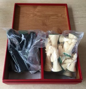 Varsity Plastic Chessmen, Sealed