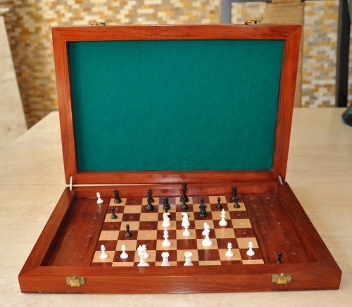 Collector Series Mammoth Ivory Travel Chessmen