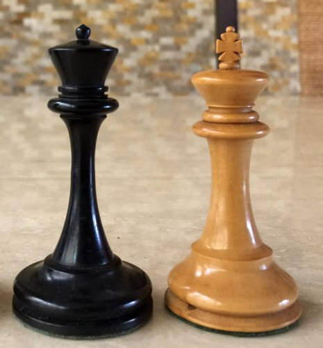 B & Company Chessmen