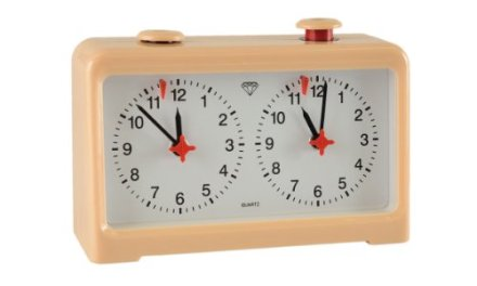 Wholesale Chess Diamond Quartz Battery Powered Analog Chess Clock – Beige Brown