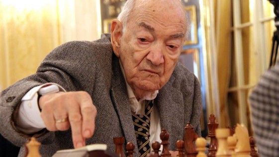 Viktor Korchnoi dies at the age of 85