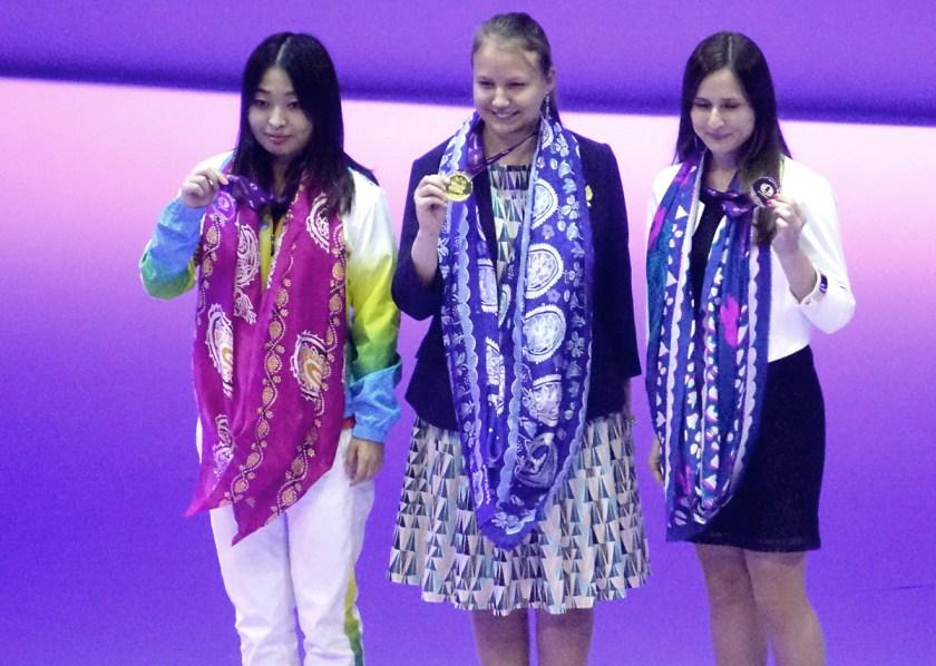 board-2-medalists-women