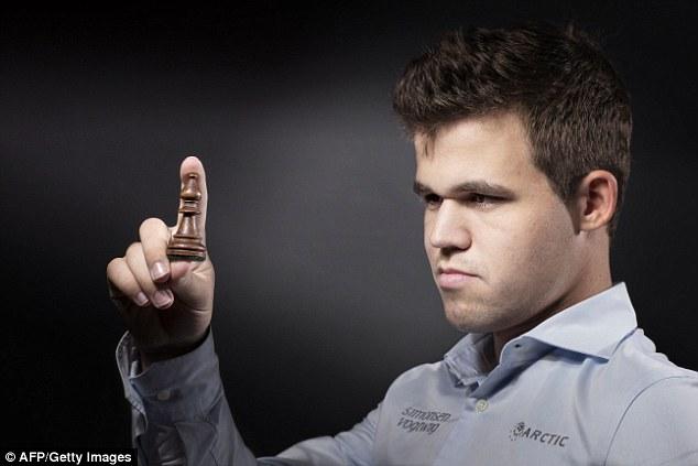 Resultado de imagem para carlsen photo chess