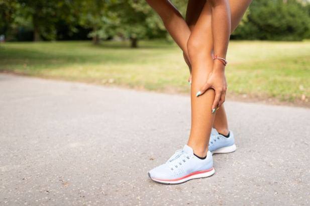 Reduction in the size of the calf muscle