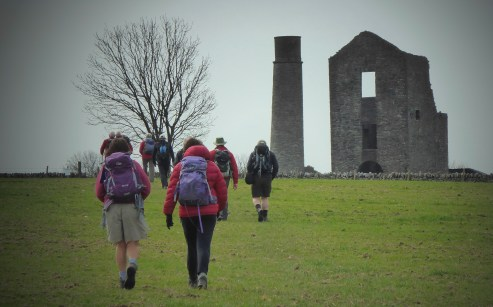 Approaching the Magpie Mine