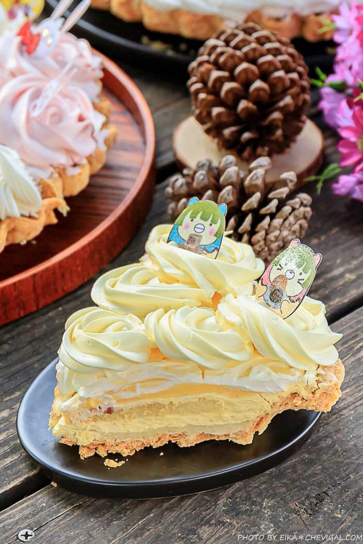 20200919144142 88 - 熱血採訪│薔薇派2.0解憂甜點店新開幕!首度推出的菠蘿蛋黃酥,一次兩盒最便宜