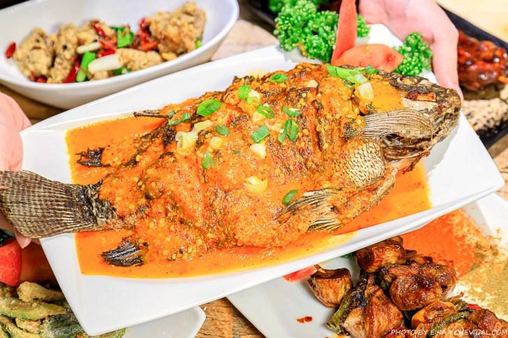 20201230144153 73 - 熱血採訪∣台中南洋風味料理,這天來吃滿額就送鹽烤蝦!二樓還有隱藏包廂KTV和飛鏢機,包場也沒問題!