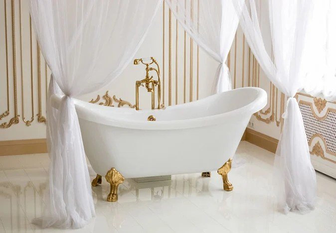 storage tips for a freestanding tub