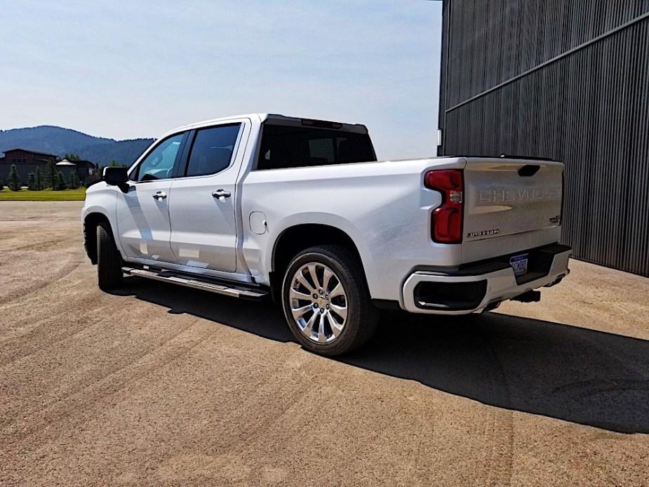 2019-Chevrolet-Silverado-Jackson-Hole-Wyoming_41