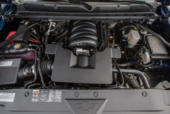 2019 Chevy 1500 Engine