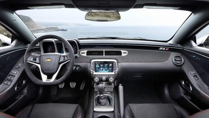 2020 Chevy Camaro Interior