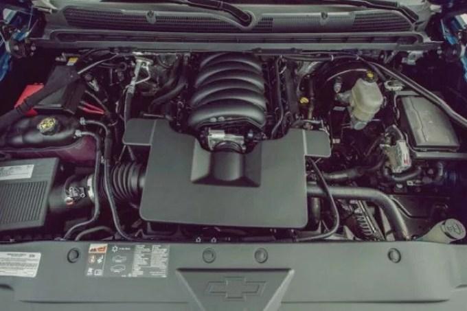 2020 Chevy Silverado Engine