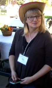 Nancy Leson of the Seattle Times kickin' back.