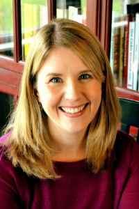 Christine Carlisle headshot