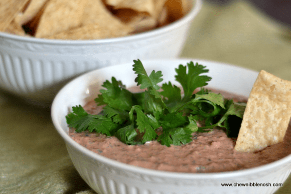 Creamy Roasted Red Pepper and Black Bean Dip - Chew Nibble Nosh