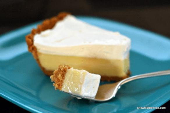 Lemon Icebox Pie - Chew Nibble Nosh
