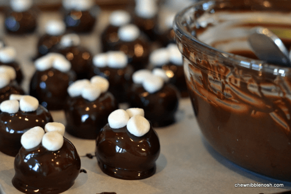 Mexican Hot Chocolate OREO Cookie Balls 5 - Chew Nibble Nosh