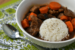 Slow Cooker Moroccan-Spiced Beef Stew - Chew Nibble Nosh.