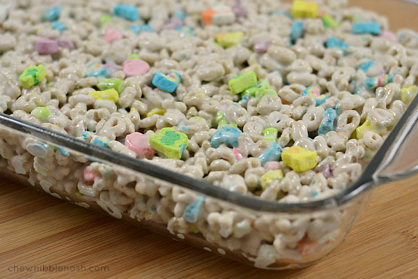 Lucky Charms Marshmallow Treats - Chew Nibble Nosh 4