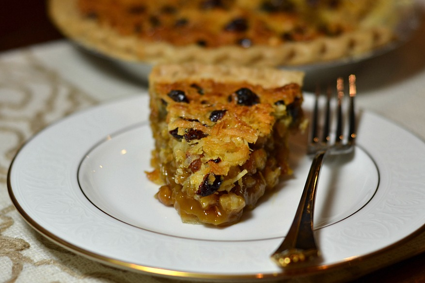 Macadamia Holiday Dream Pie
