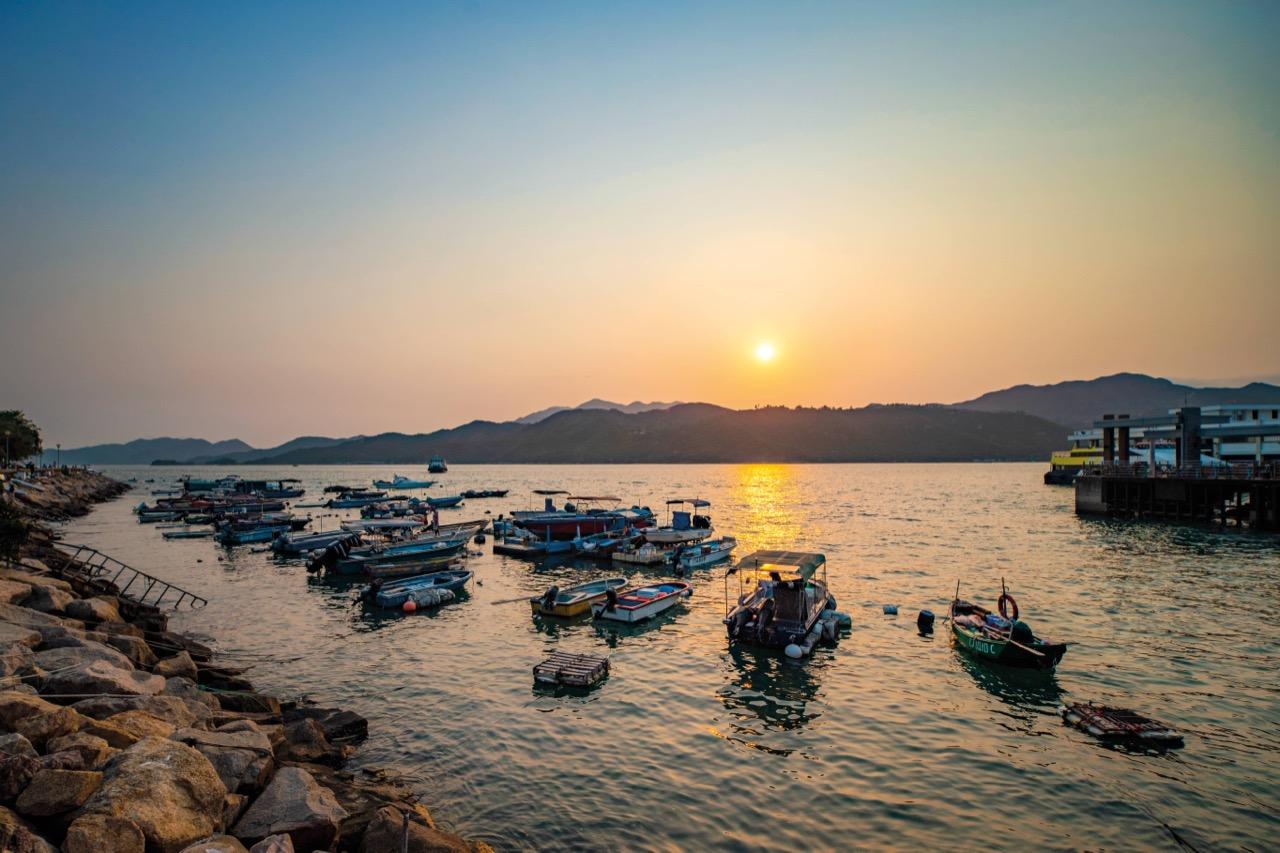 四面環海的坪洲欣賞夕陽 日落打卡的最佳景點