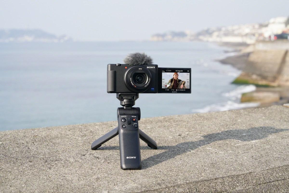 圖2 數位相機 Zv 1 配備包含 4k 高畫質錄影、內建機身防震等進階影片拍攝功能,符合更多元的拍攝需求。