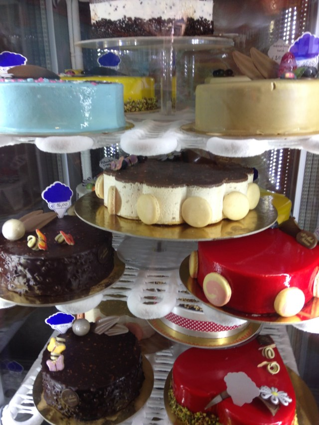 Luscious looking cakes in an Italian bakery are not causing obesity.