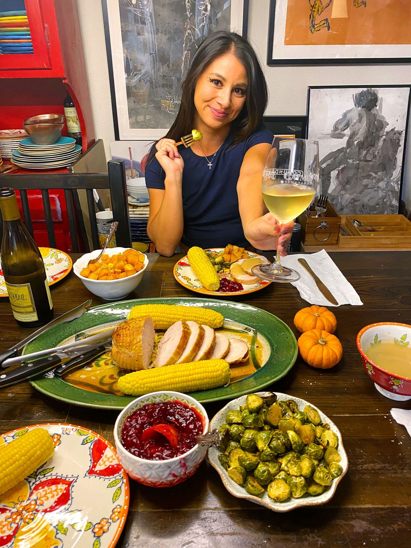 Cheers to the easiest Thanksgiving feast ever!