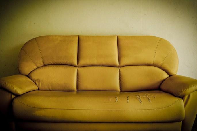 cheyenne couch removal www.cheyennehauling.com
