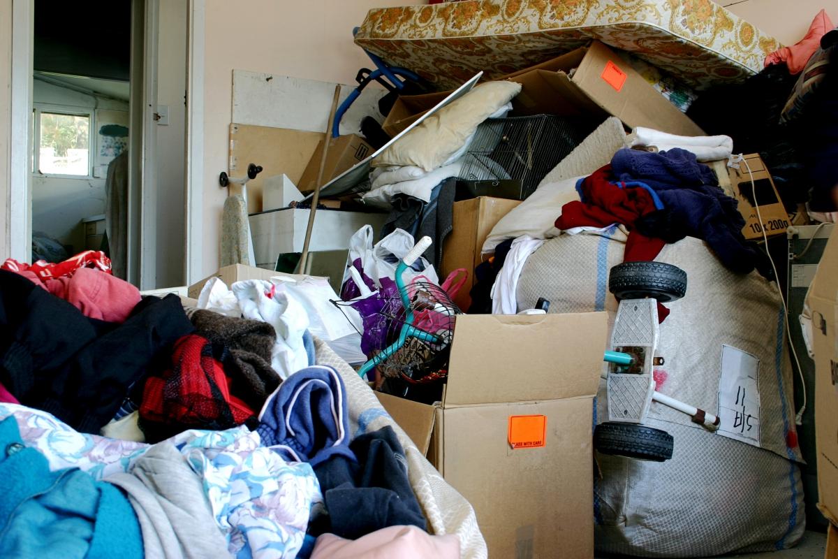 hoarder junk removal in cheyenne and northern colorado www.cheyennehauling.com