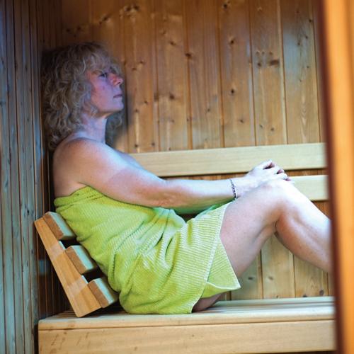 Notre sauna utilisé par une cliente, ChezAstrid.ch - Espace Santé à Marin