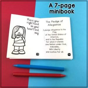 le mini livre sur le jour du drapeau américain (14 juin): d'une page A4 à un mini livre de 8 pages
