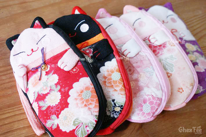 trousse-stylo-etui-lunettes-porte-appareil-maneki-neko-chat-japonais-chezfee-magasin-en-ligne-nord