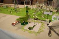 La construction à réaliser à la table des mariés