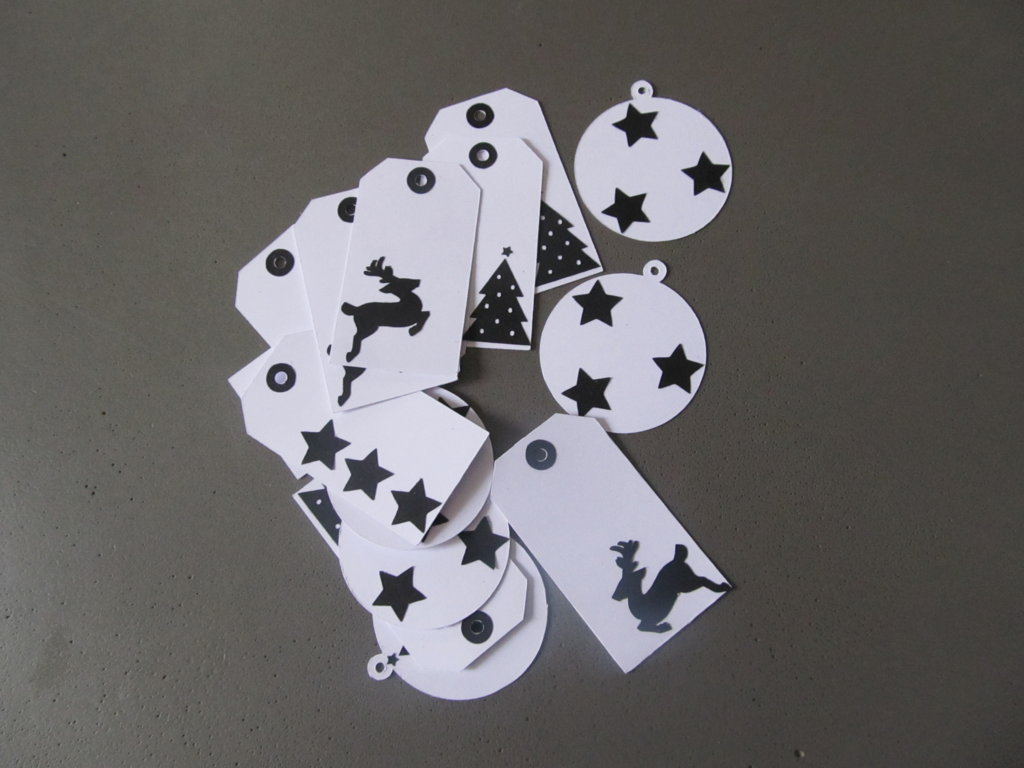 étiquettes de Noël noir et blanc