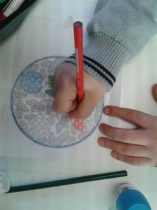 mandala boule de noel plastique dingue (4)