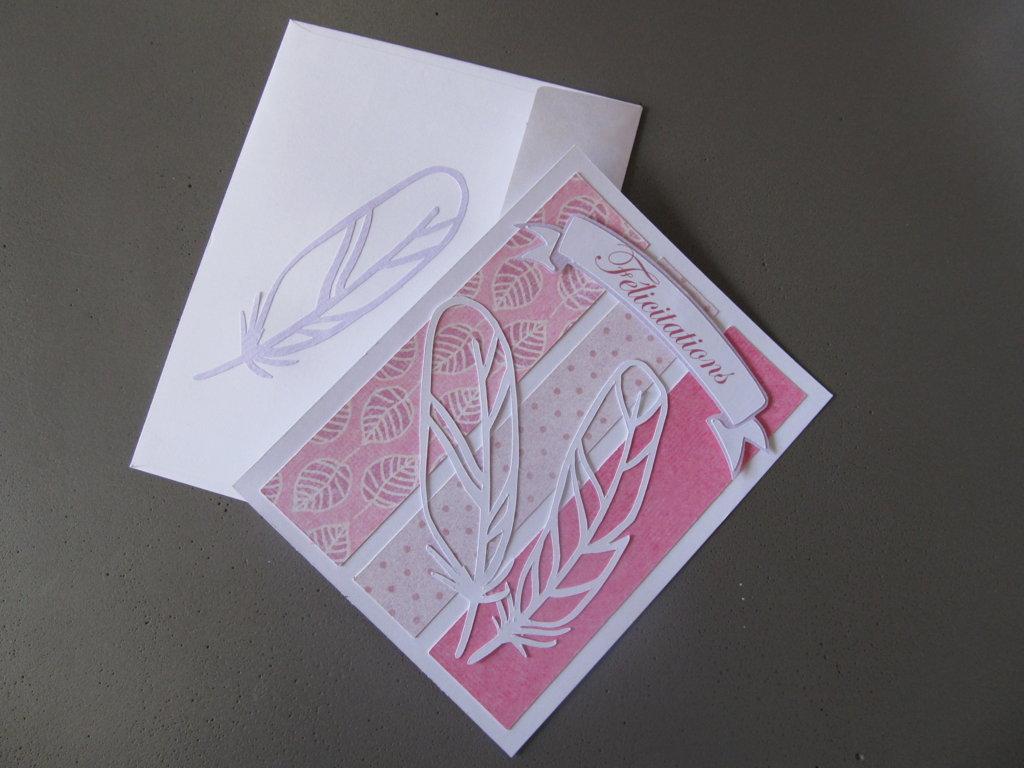 carte à plume avec enveloppe