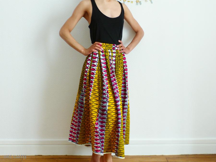 f8cca6d245c49d DIY jupe en wax - Voir midi à sa porte - DIY, couture et vie durable