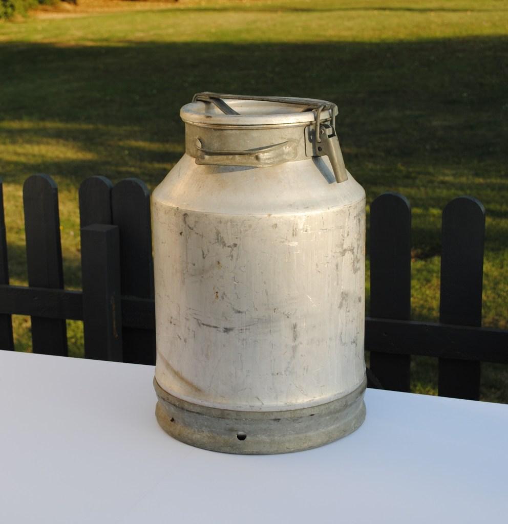 Bidon à lait 50l décoration événement champêtre location tours indre et loire 37