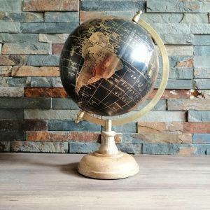 Globe terrestre noir et or location décoration Tours 37 indre et loire