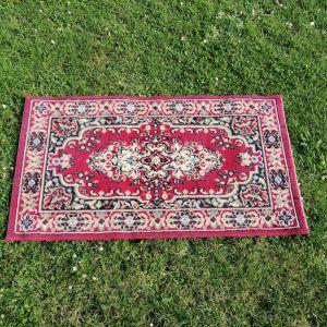 Location petit tapis oriental rouge Tours 37 indre et loire